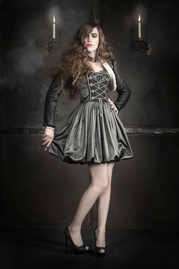 Manufaktur Herzblut - baroque Haute Couture Dirndl ...